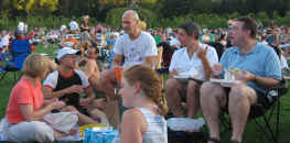 Everybody's talking at once - hundreds at the summer concert